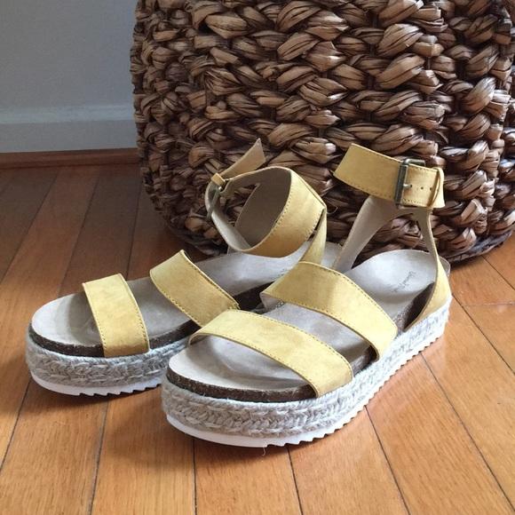 b5dcc318d87b Universal Thread Agnes Platform Espadrille Sandals